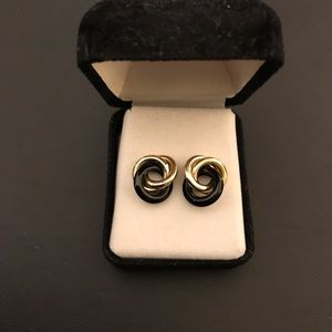 Jewelry - 14k Gold & Onyx Twist Earrings